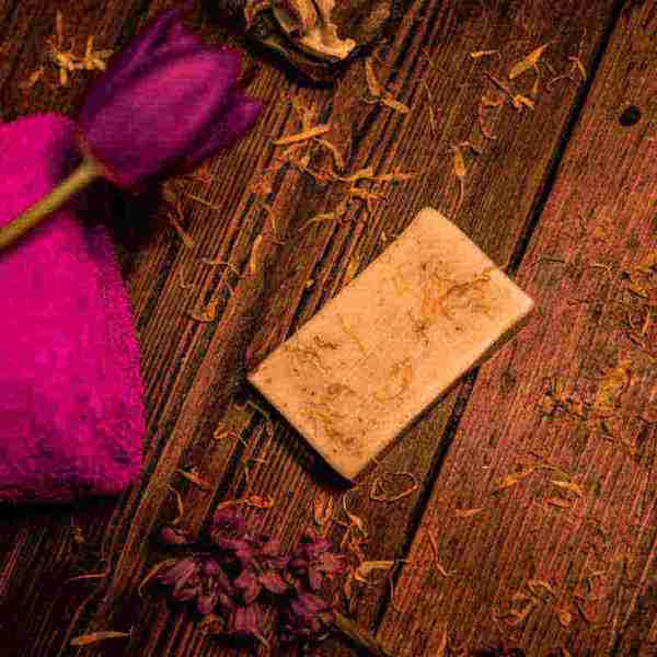 Calendula Soap | Marigold, Honey and Oat - Artisan Cosmetics