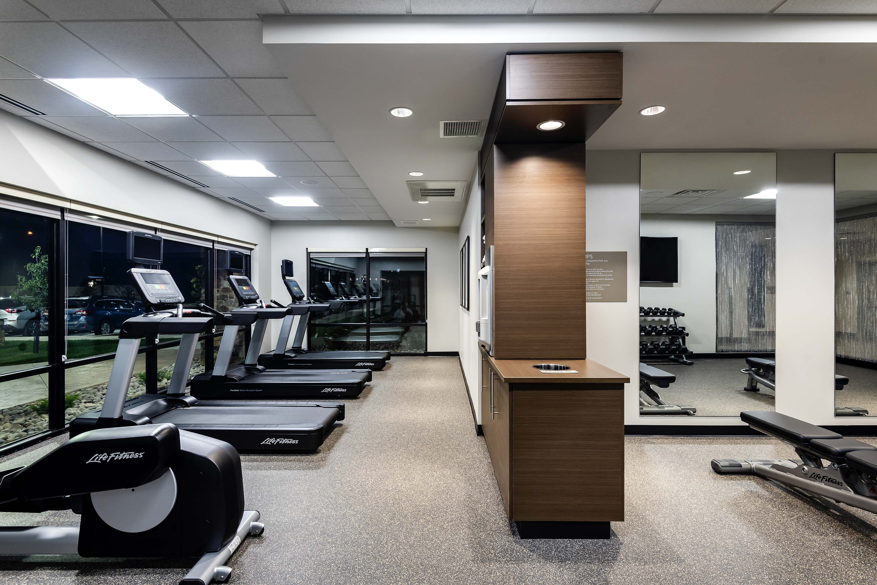 Towne-place-suite-marriott-hotels-towneplace-hotel-whitefish-montana-fitness