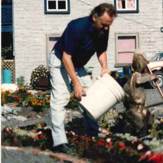 Îlot Fleurie Travail Communautaire 1991 Louis Fortier, Collection personnelle.