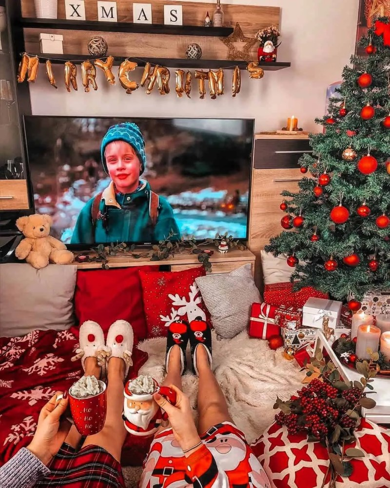 30 Christmas Aesthetic Images you must see: WARNING you will get Christmas mood INSTANTLY! 101