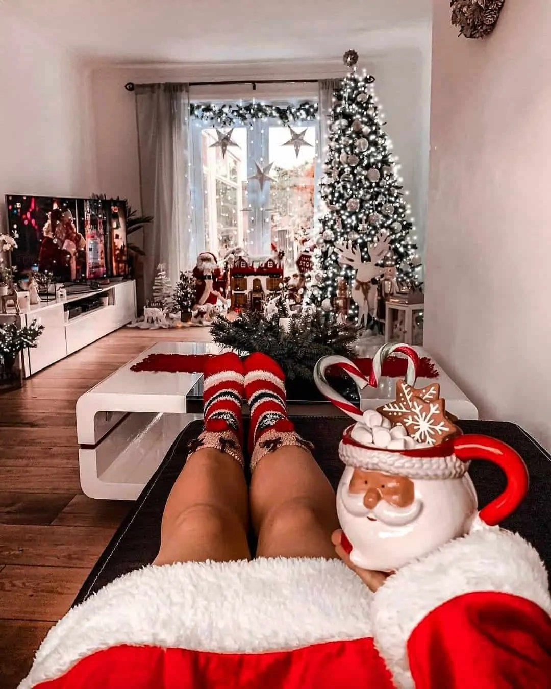 30 Christmas Aesthetic Images you must see: WARNING you will get Christmas mood INSTANTLY! 191