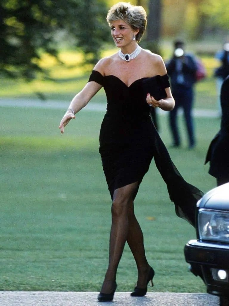 Princess Diana's Style: 150 Of The Most Iconic Princess Diana Fashion Moments 3