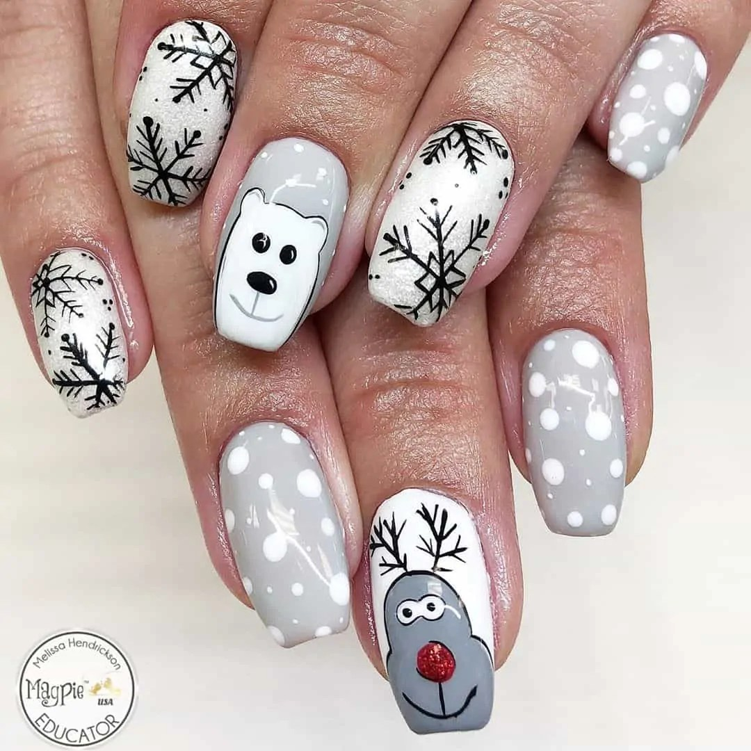 15+ Christmas Nail Ideas You Must See! 39