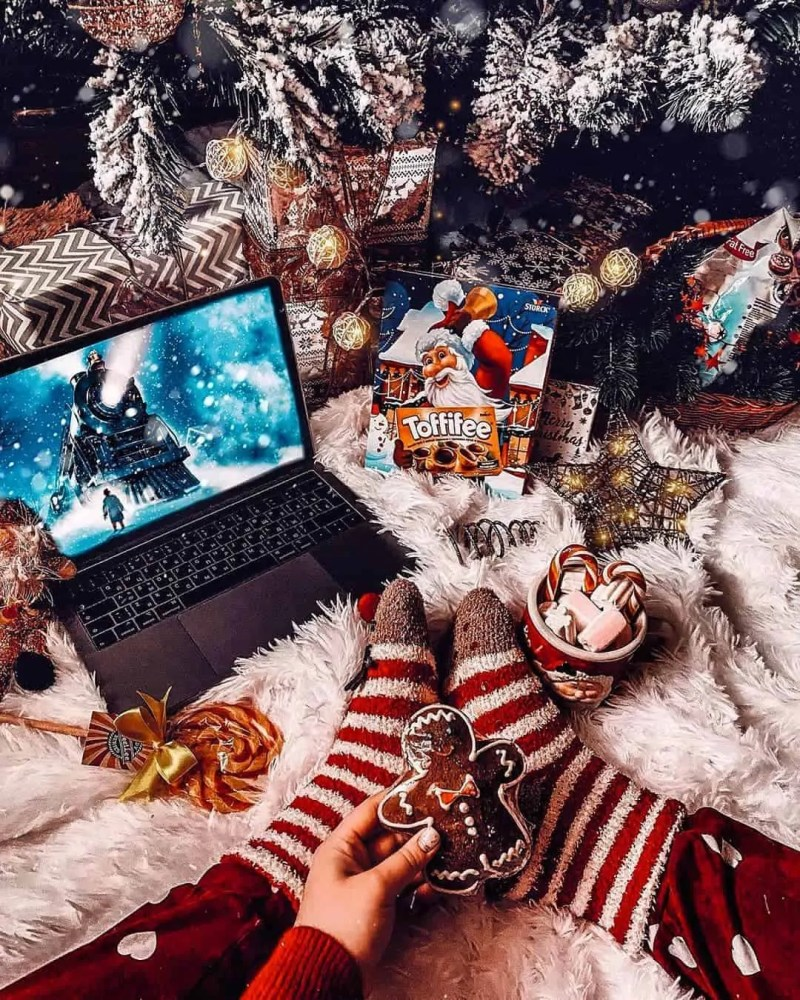 30 Christmas Aesthetic Images you must see: WARNING you will get Christmas mood INSTANTLY! 155