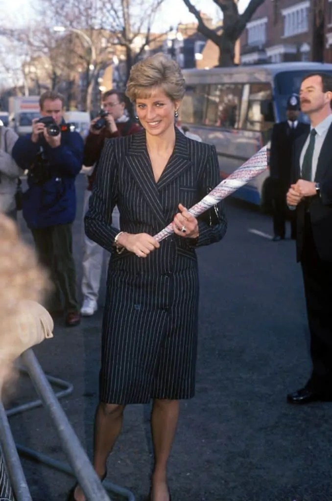 Princess Diana's Style: 150 Of The Most Iconic Princess Diana Fashion Moments 255