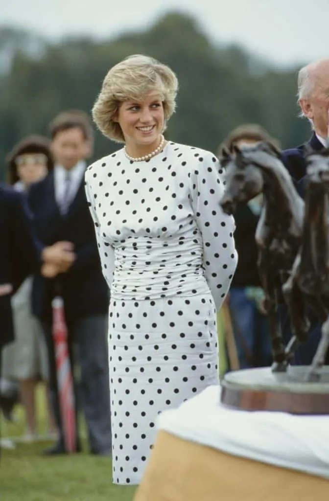Princess Diana's Style: 150 Of The Most Iconic Princess Diana Fashion Moments 279