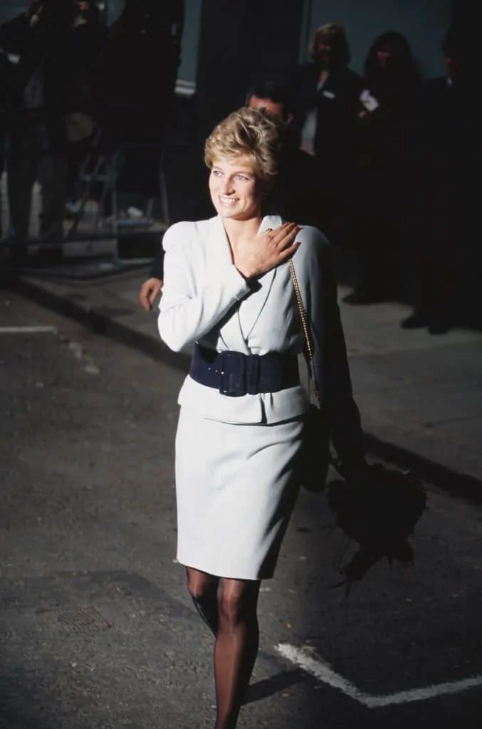 Princess Diana's Style: 150 Of The Most Iconic Princess Diana Fashion Moments 281