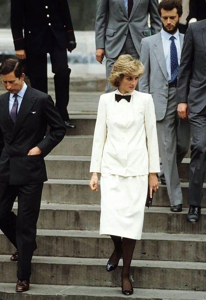 Princess Diana's Style: 150 Of The Most Iconic Princess Diana Fashion Moments 199