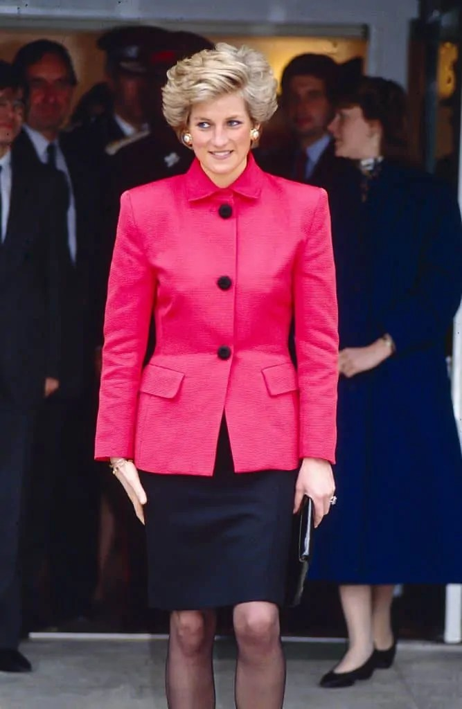 Princess Diana's Style: 150 Of The Most Iconic Princess Diana Fashion Moments 219