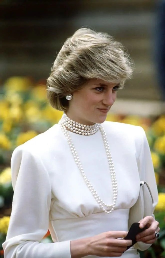 Princess Diana's Style: 150 Of The Most Iconic Princess Diana Fashion Moments 61
