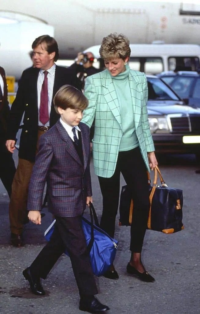 Princess Diana's Style: 150 Of The Most Iconic Princess Diana Fashion Moments 63