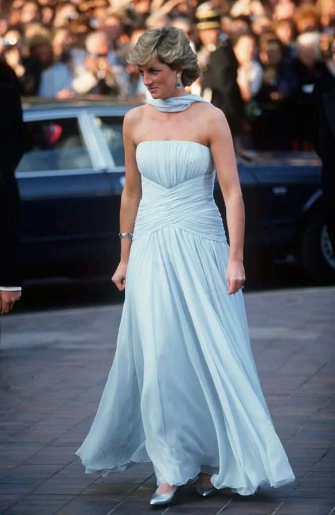 Princess Diana's Style: 150 Of The Most Iconic Princess Diana Fashion Moments 71