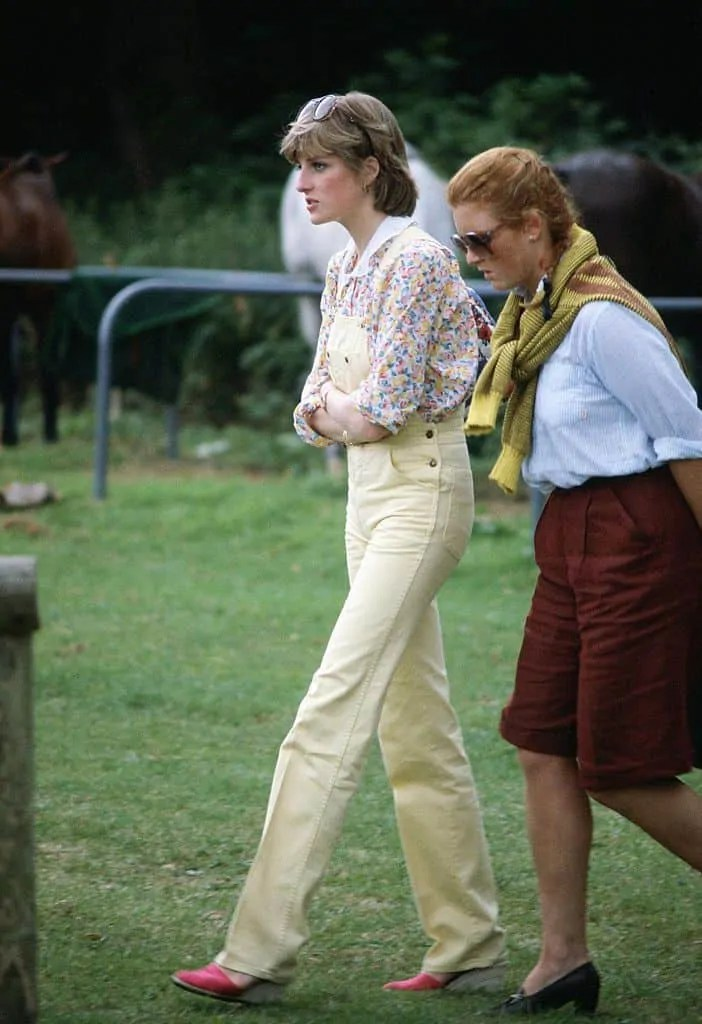 Princess Diana's Style: 150 Of The Most Iconic Princess Diana Fashion Moments 111