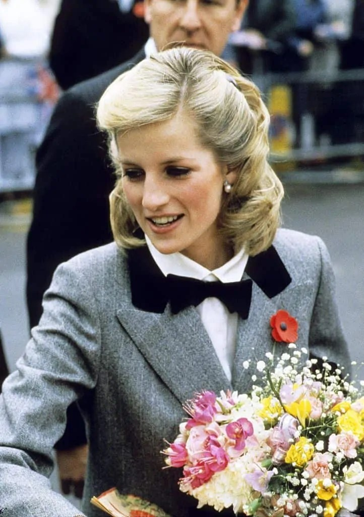 Princess Diana's Style: 150 Of The Most Iconic Princess Diana Fashion Moments 149