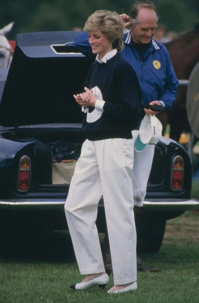 Princess Diana's Style: 150 Of The Most Iconic Princess Diana Fashion Moments 231