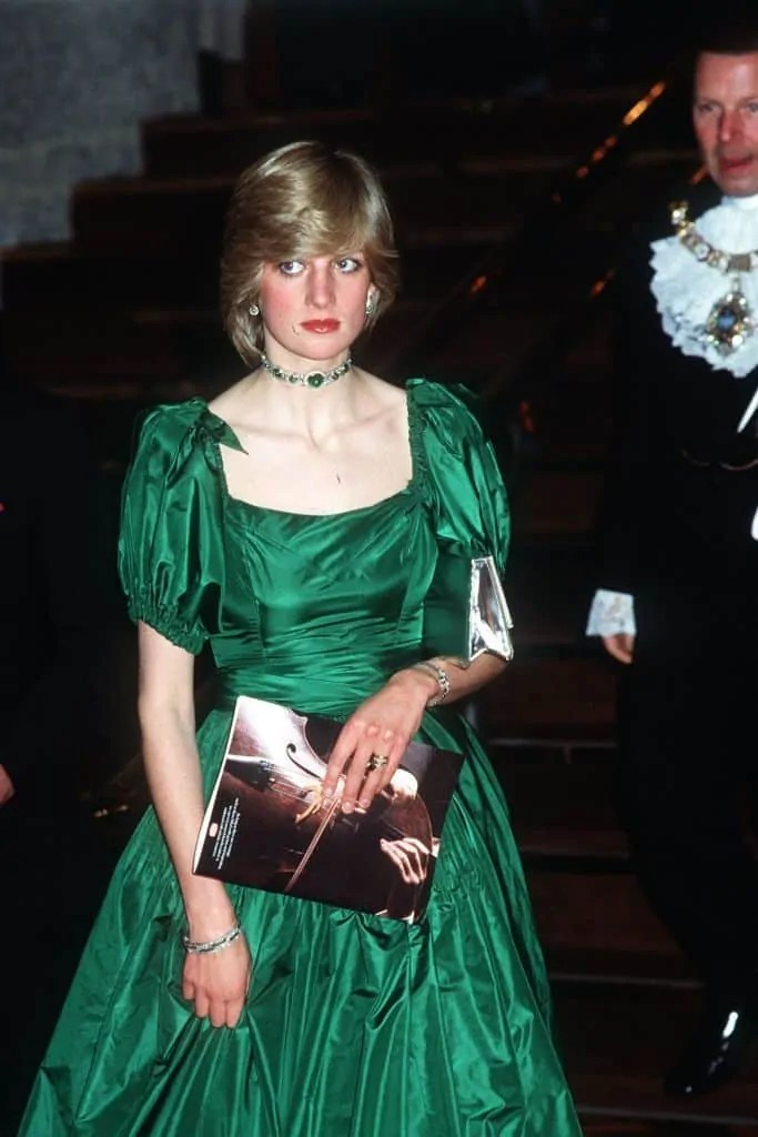 Princess Diana's Style: 150 Of The Most Iconic Princess Diana Fashion Moments 239
