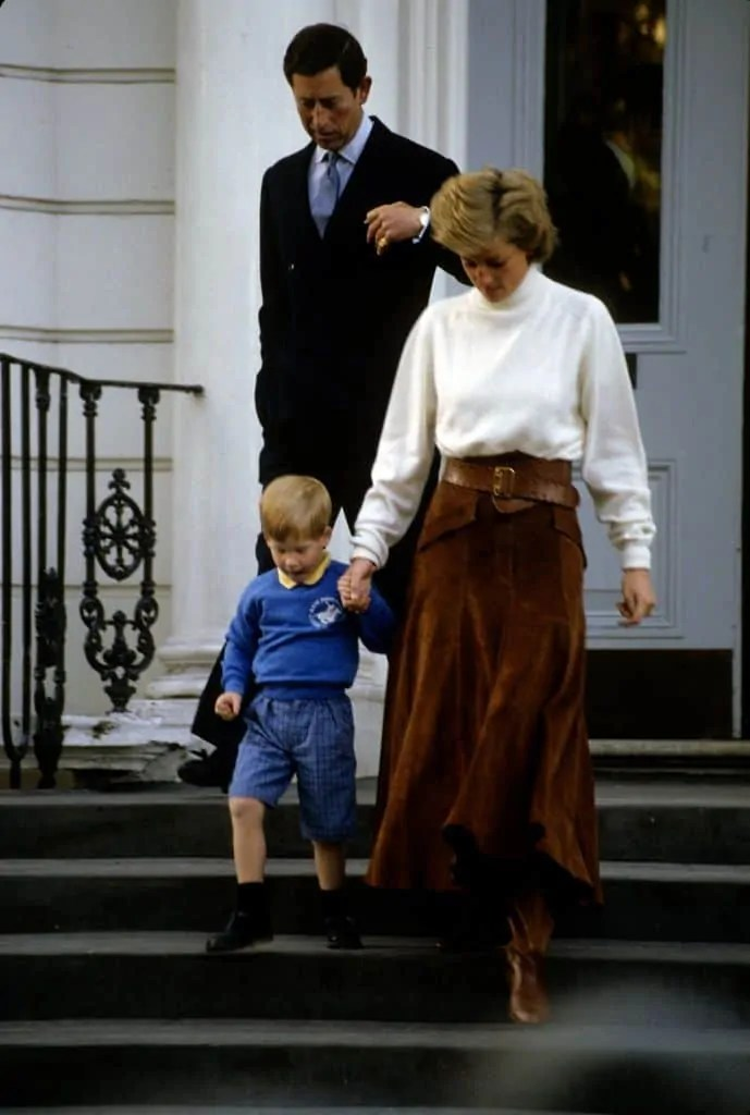 Princess Diana's Style: 150 Of The Most Iconic Princess Diana Fashion Moments 249