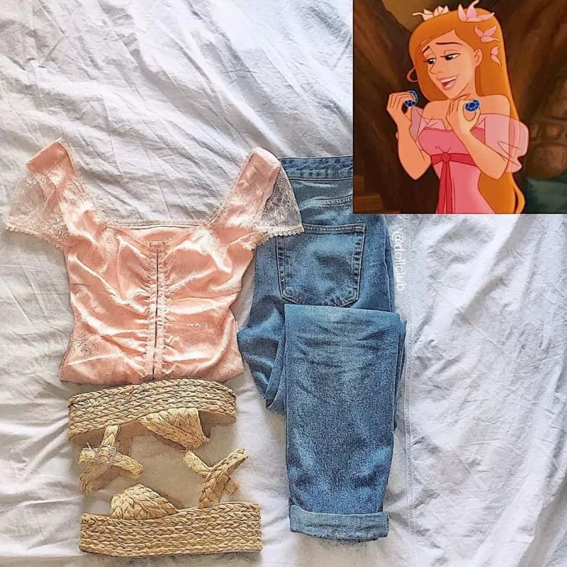 30+ Outfits Inspired by Disney that you have to see! 67