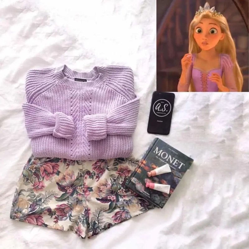 30+ Outfits Inspired by Disney that you have to see! 21