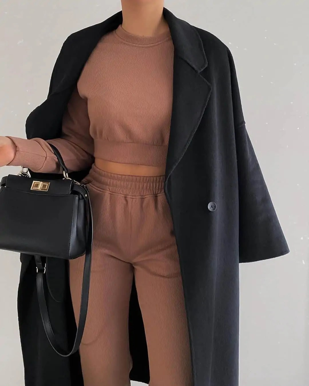 100+ Outfits to Inspire your next shopping haul 57