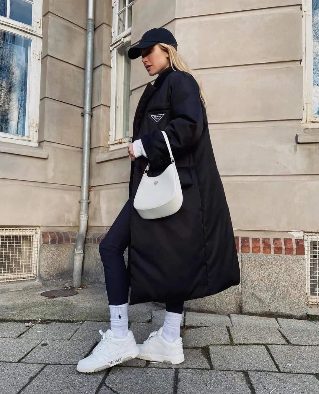 All black outfit ideas that you have to see - ultimate inspo guide 111