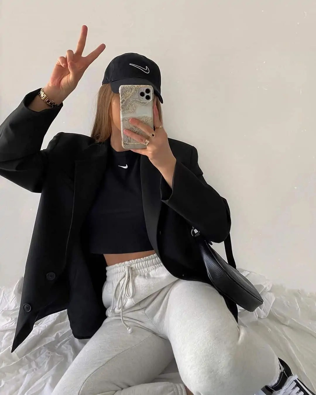 100+ Outfits to Inspire your next shopping haul 11