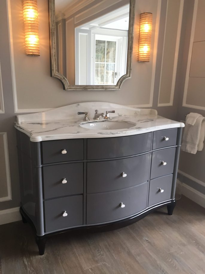 Vanity top in Paonazzo white marble