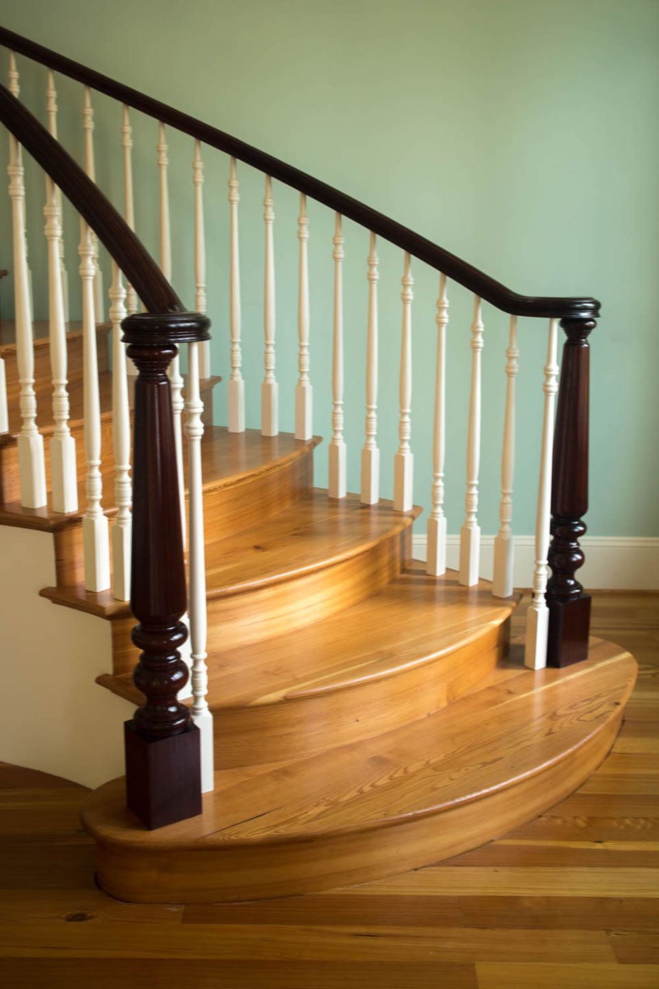 Traditional Stairs And Railing Artistic Stairs
