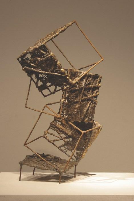 Title:Climbing Medium:bronze cast, welded wire Size:16x33x17cm