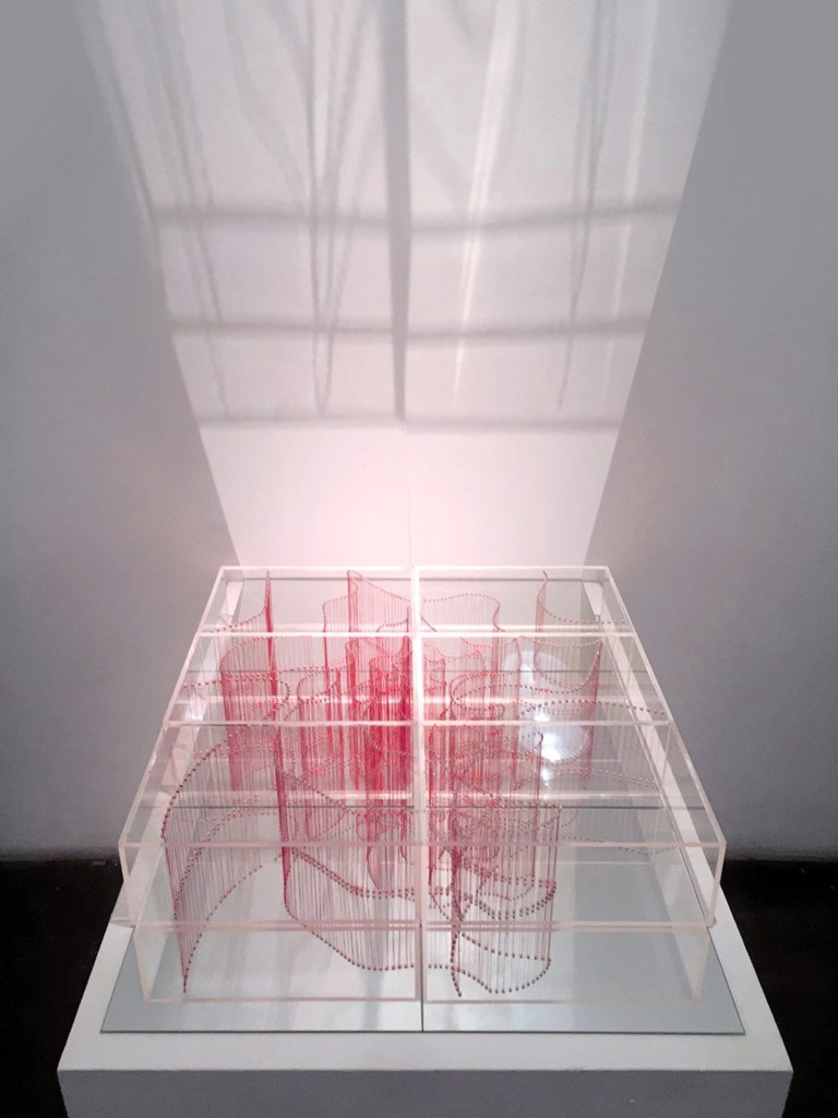 "Title:Intersection (Small) Medium:	Plexiglass acrylic Sheets and red thread Size:	24""W x 4""H x 24""L"