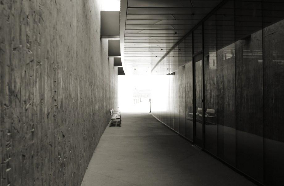 Title:Hallway Medium: Digital Photography Size:200x1313 pixels .98MB