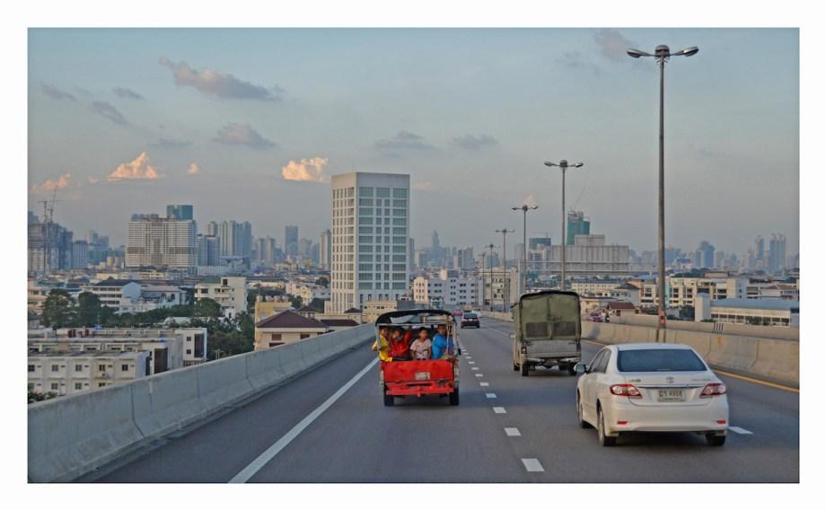 "Title Primary Colors / Bangkok Medium photography Size 18"" x 24"""