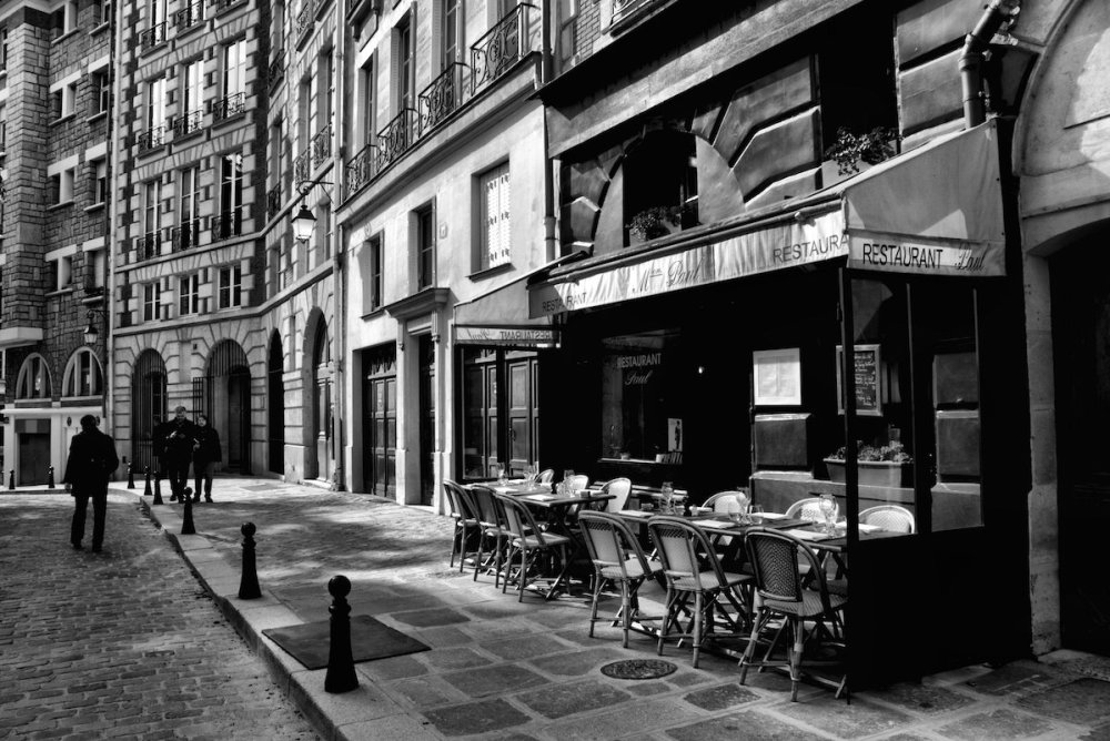 Cafe Paris Medium Photography Size 16x20