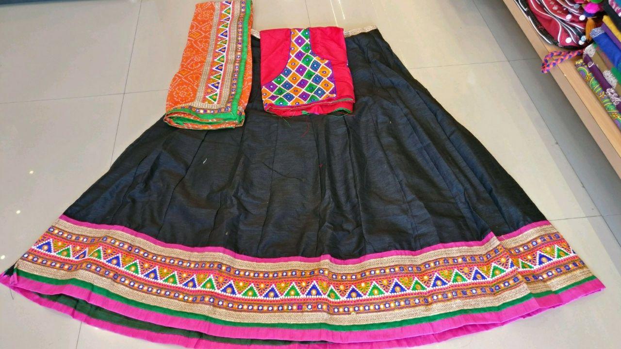 Kutchi Traditional Gamthi work Chaniya Choli Style B