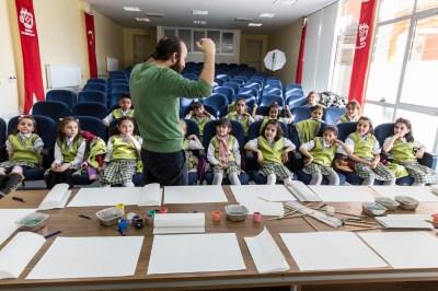 Khalid and his students, by Mieke Strand