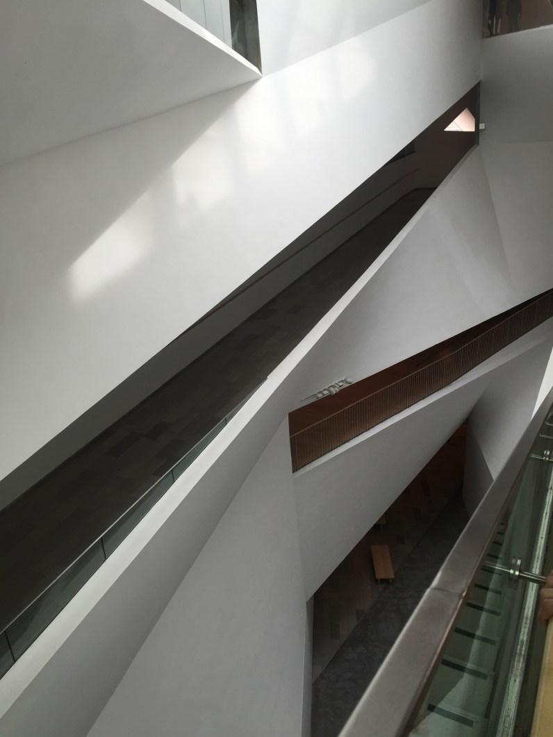 Tel Aviv Museum of Art Interior2
