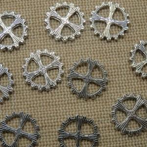 Pendentifs engrenage Steampunk argenté 15mm – lot de 16