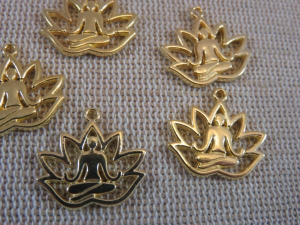 Pendentifs Yoga fleur lotus doré bouddha - lot de 10