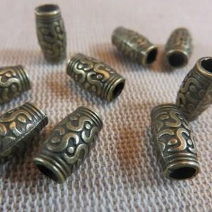 Perles colonne bronze gravé ethnique 12x7mm – lot de 10