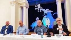 Malíř Zdeněk Burian, výstava Širým světem, Obecní dům, 2019, foto: Petr Šálek