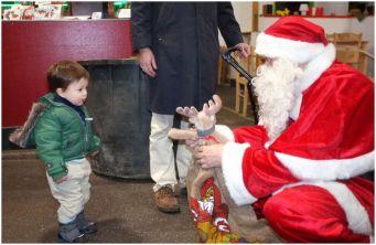 Weihnachtsmann mit Esther und Patricia