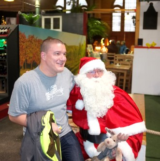 Weihnachtsmann mit Übergewicht