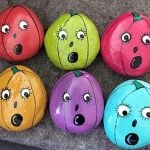 50 Easy DIY Painted Rocks Ideas Perfect For Beginners (10)
