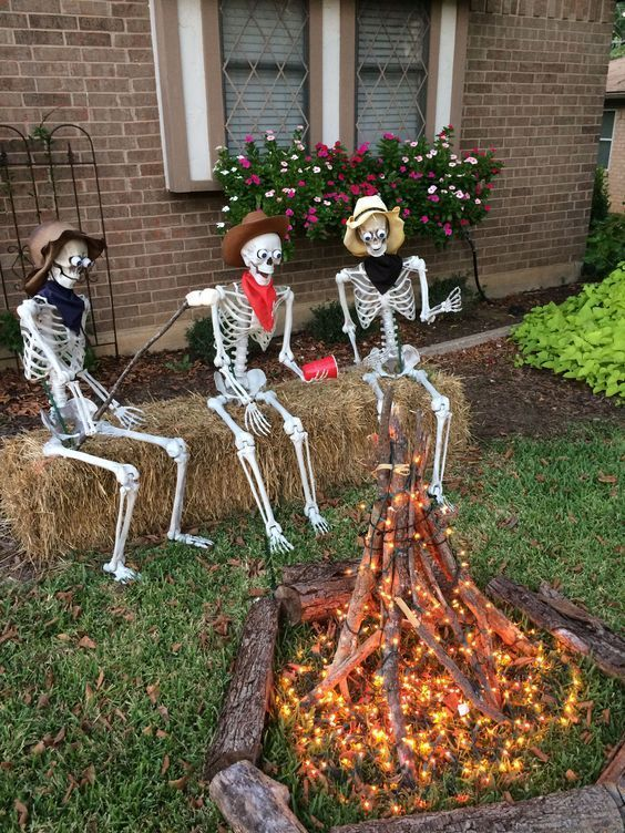 30 Halloween DIY Decorations Ideas (17)