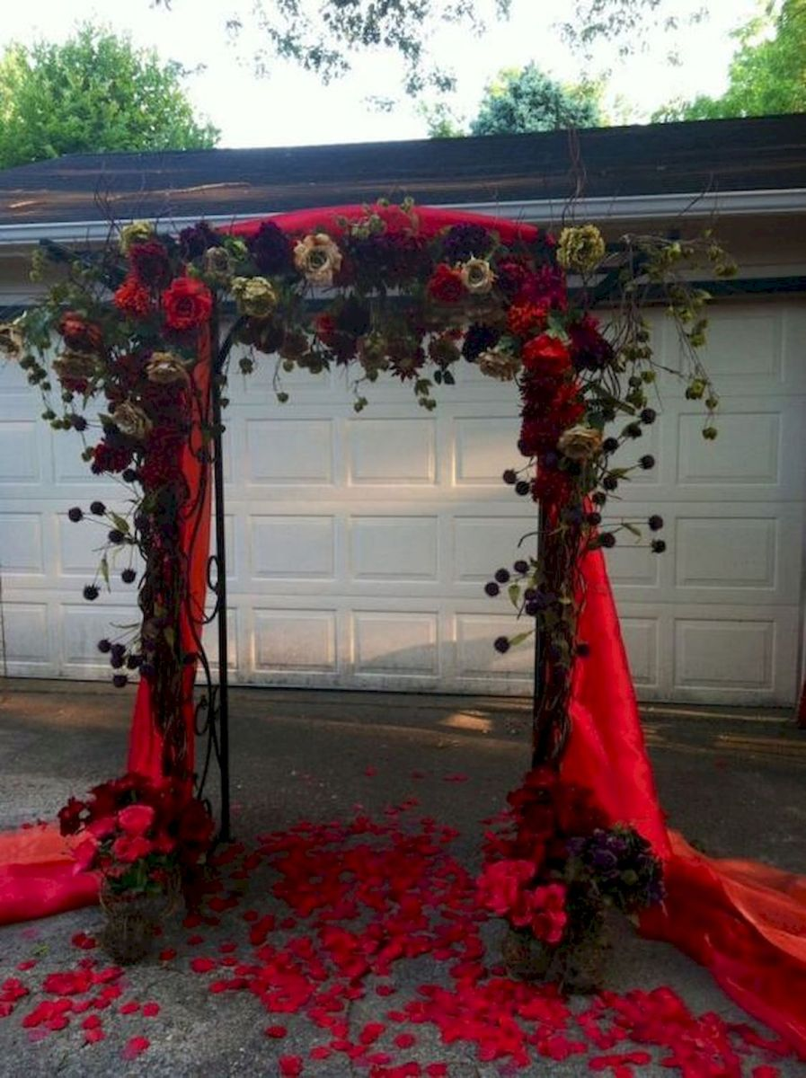 40 Awesome Halloween Wedding Decoration Ideas (29)