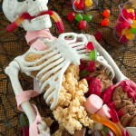 43 Cool Halloween Party Decoration Ideas (17)