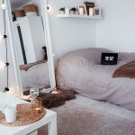 82 Cool Bedroom Ideas for Creative Couples (21)