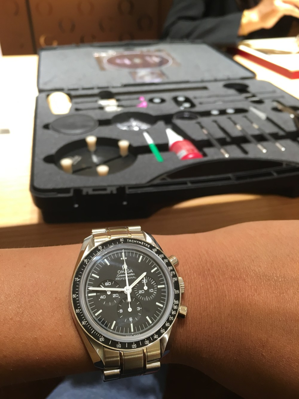 Review Omega Speedmaster Professional And My Thoughts