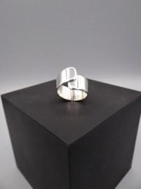 Arto Edelsmeden- overslag ring zilver afgeronde hoeken