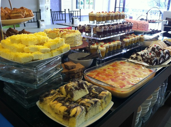 love desserts all you can eat buffet pearl drive lifestyle mommy blogger www.artofbeingamom.com 03